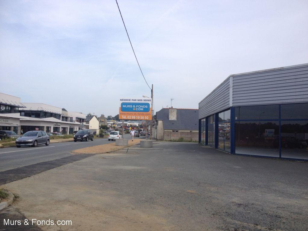 VENDU PAR MURS & FONDS.COM  - LANNION - BÂTIMENT COMMERCIAL DE 800 m²