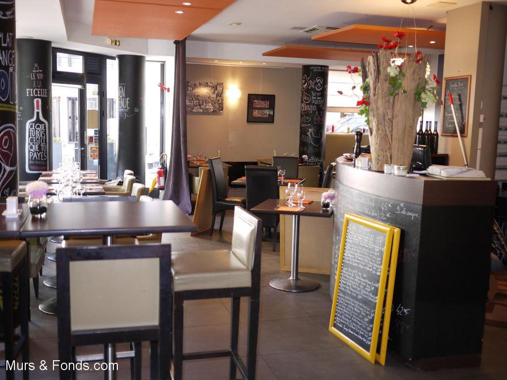 Boulogne Point du Jour, fonds de commerce en angle, restaurant traditionnel 105 m² avec terrasse