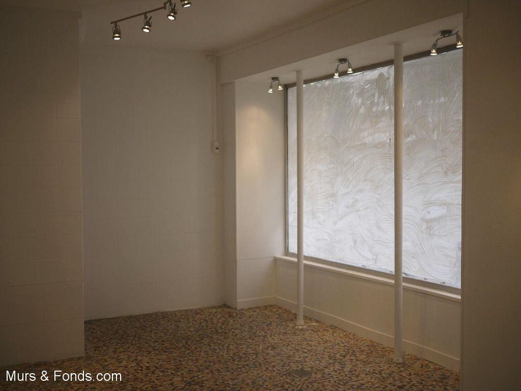 Levallois (92) - Murs d'un local commercial  48 m² à céder - Tous commerces.