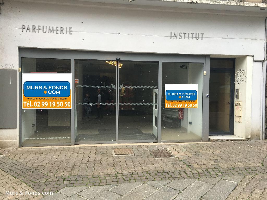22 - Saint-Brieuc centre ville - Local commercial de 436 m² à louer