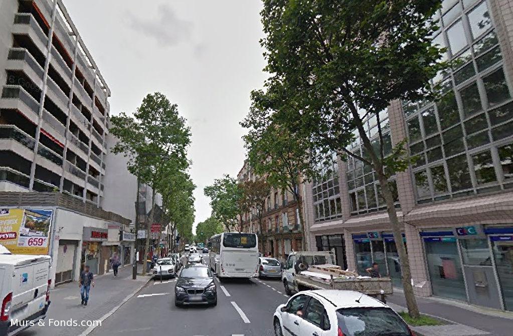 Boulogne, emplacement n°1, bail à céder local commercial 70 m²