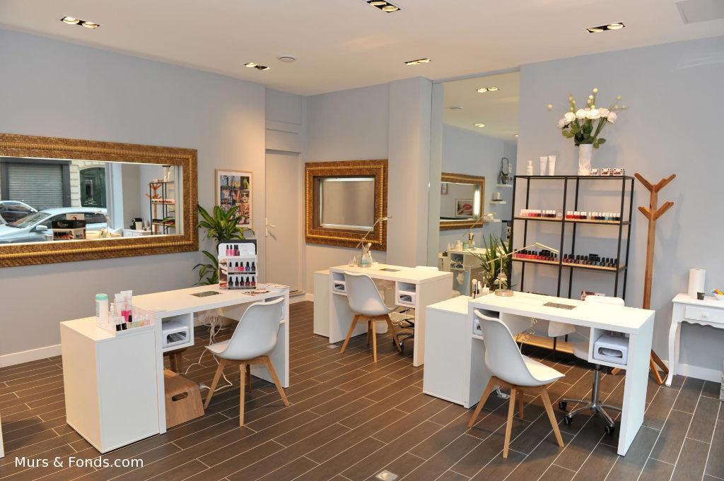 Paris16e / Pompe, fonds de commerce esthétique - 80 m²