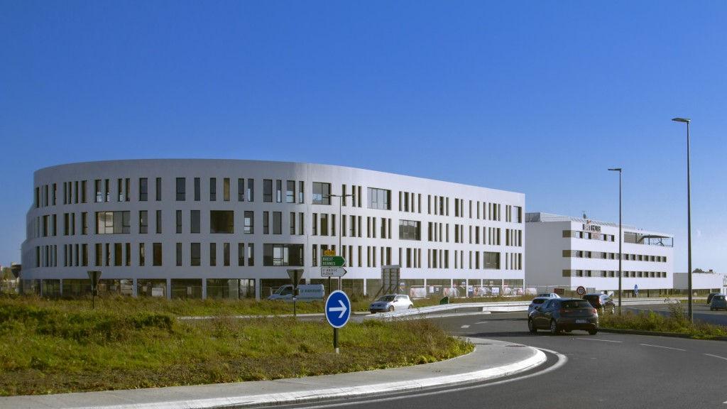 PLERIN ZAC DE L'ARRIVEE - Centre d'affaires ATHENA - BUREAUX VENDUS PAR MURS ET FONDS.COM