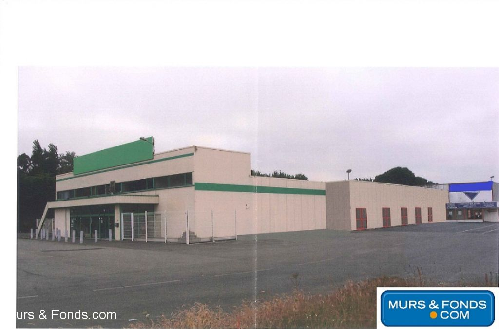 22- LANNION CELLULE COMMERCIALE ZONE GEANT A LOUER