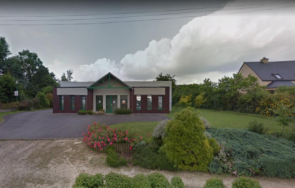 A louer - Local commercial  ou artisanal La Chapelle Chaussée