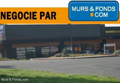 LOCATION LOCAL COMMERCIAL - LANNION - NEGOCIE PAR L'AGENCE